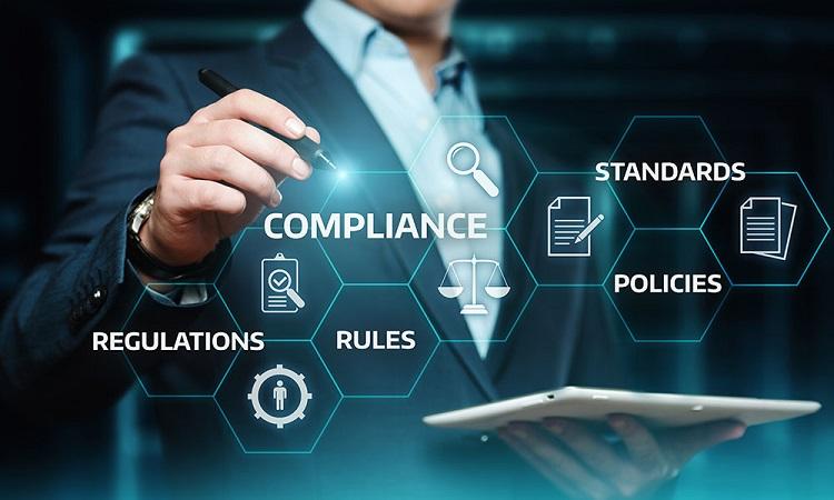 Compliance officer là gì