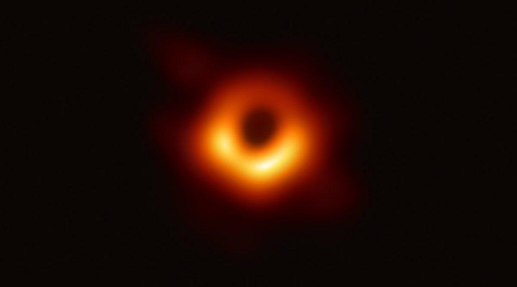 Black hole là gì